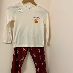 """Old Navy girls pajamas. """"That's a Wrap"""" Size: S.*"""